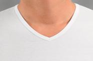 Tip voor mensen die op zoek zijn naar een witte t shirts diepe v hals